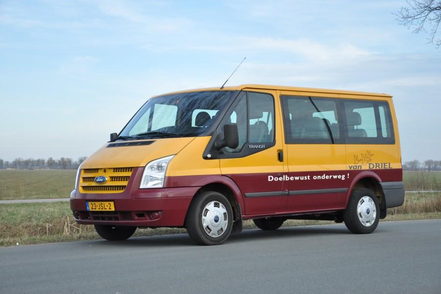 van driel personenbus